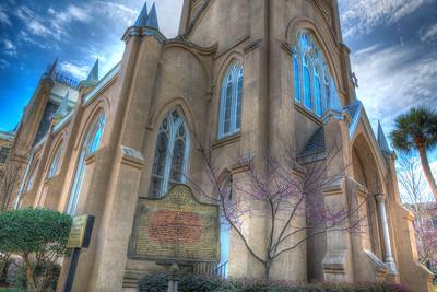 Savannah's churches,  temple, & historic buildings
