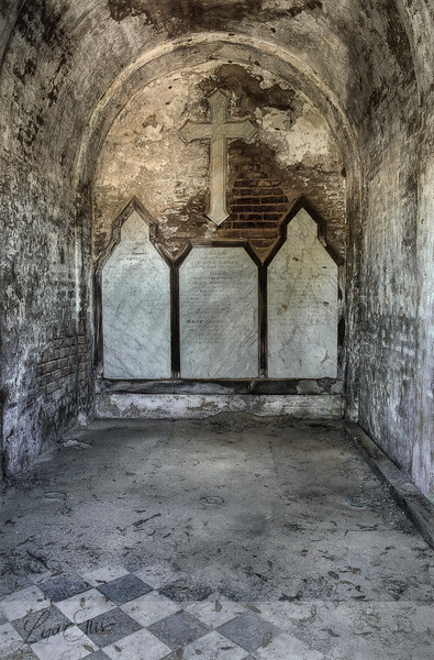 Cross in Old Crypt