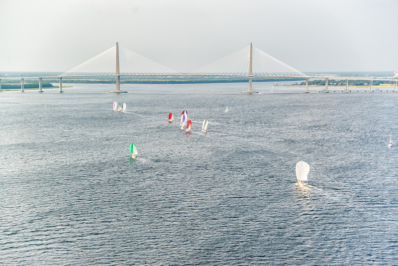 Yachts racing up the Cooper River