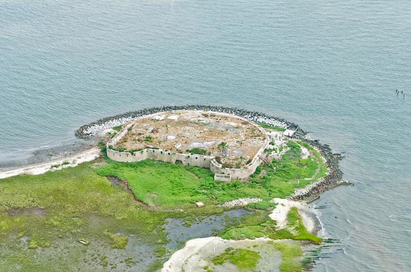 Castle Pinckney Fort, Charleston harbor