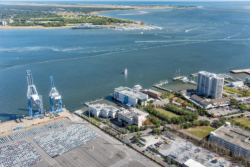 SC Aquarium and Charleston Harbor