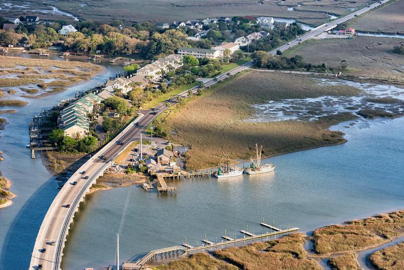 Crosby's Seafood and shrimp trawlers, Oak Island Creek