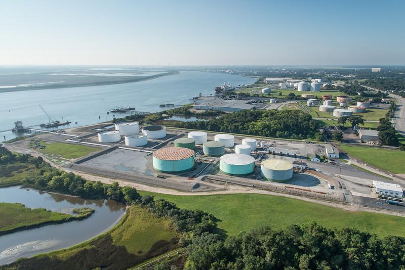 Hess Corporation tanks, Terminal, North Charleston