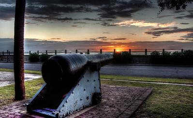 battery-park-cannon-sunrise-1