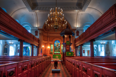 charleston-church-pews