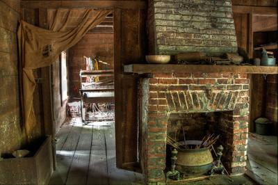 plantation-slave-house