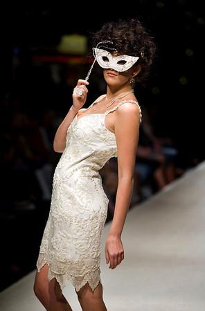 Bridal Couture :: Saturday, March 28, 2009