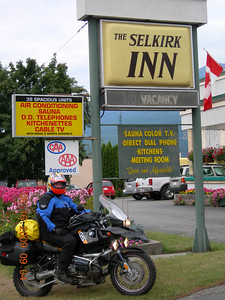 The Selkirk Inn was our home for the first 2 days... not a bad way to go considering it rained for 2 days straight.