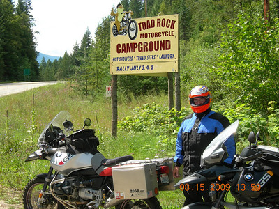 I had to show Jeffro the Toad Rock Motorcycle only campground since we were in the neighborhood on Saturday.  I've stayed here many times with the Brothers during the Horizons Unlimited events over the years... a truly cool campground.