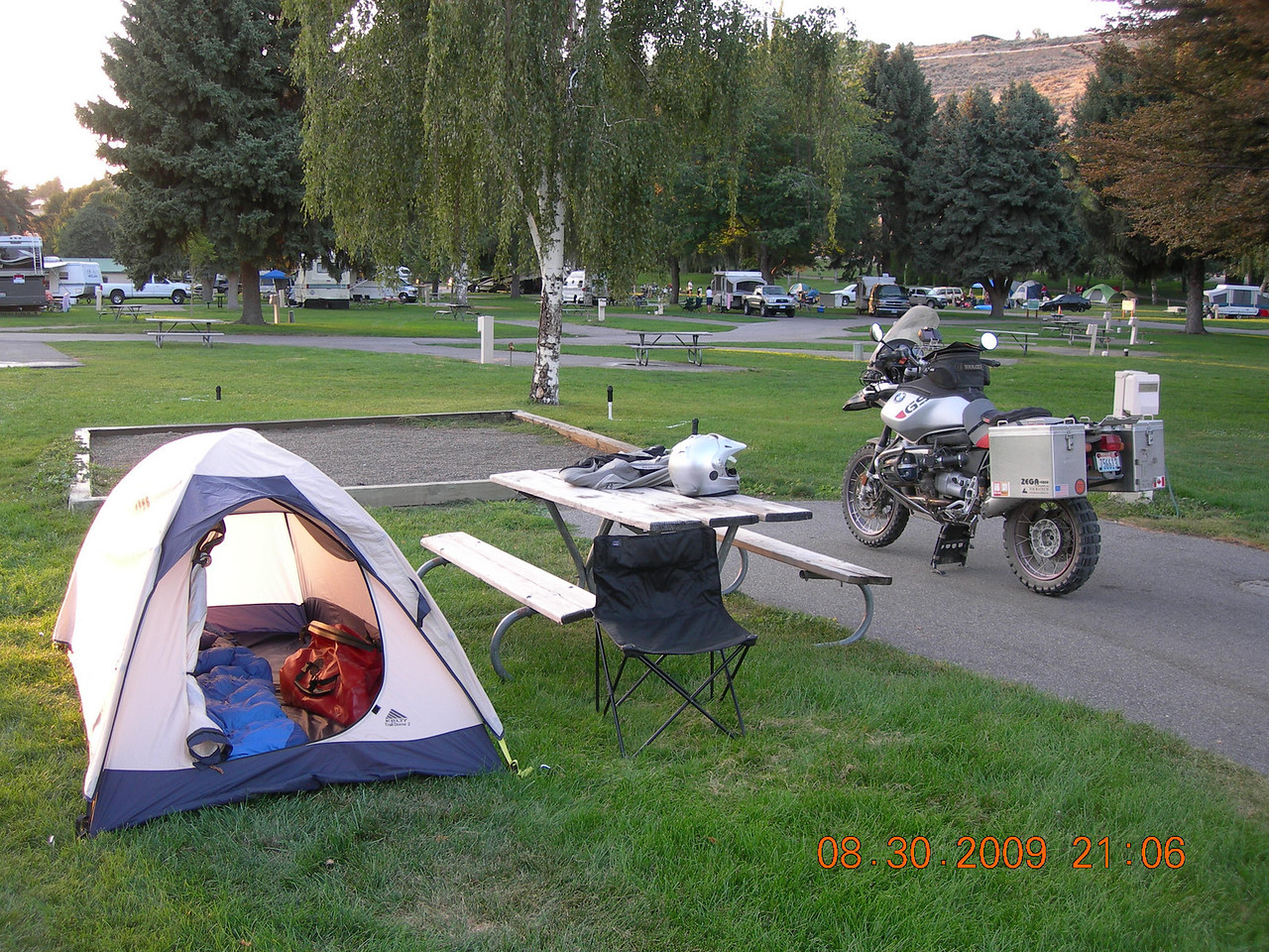 Home for the night at the City of Chelan campground.  I would again be joined by the VStrom guys from Redmond, Pedro and Bill along with Tom Mehren and his wife from the SoundRider.com crew for another night of story telling and laughter.