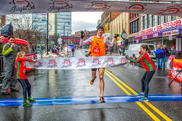 Worcester Jingle 5k Finish 2016