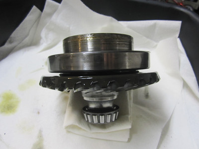 Side shot of the big bearing showing not alot of room between bearing and crown wheel.