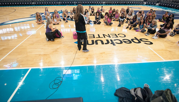 The Honey Bee's Prep Clinic @ The Spectrum Center 4-25-18 by Jon Strayhorn