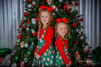 Charlotte and Lexis Christmas 2018-22