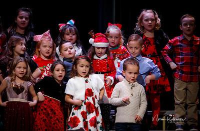 C and L Christmas play 2019-8