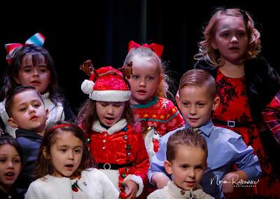 C and L Christmas play 2019-9
