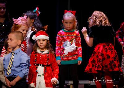 C and L Christmas play 2019-12
