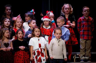 C and L Christmas play 2019-5