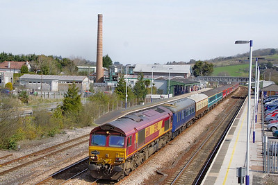 "66101 heads west through Totnes on the: 1Z27 05:57 Whitchurch to Parkandillack ""The Duchy Explorer""  10/04/10"