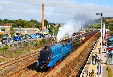 "4464 ""Bittern"" & 70000 ""Britannia"" head west through Totnes on the: 1Z27 06:46 Euston to Plymouth ""The Mayflower""  15/09/12  Watch the video at: http://youtu.be/cZI3ONS3-MU"