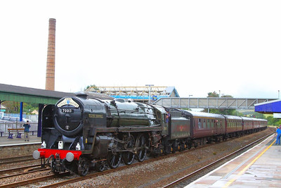 "70013 Oliver Cromwell charges west through Totnes on the: 1Z34 08:48 Bristol Temple Meads to Par ""The Royal Duchy""  05/08/12  Watch the video at: http://youtu.be/FUDI-uz0ovU"