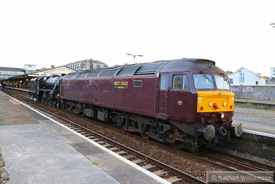"47237 gets pushed by 44932 out of Newton Abbot light engine, to be dumped in Hackney Yard, after running out of fuel working the: 1Z39 17:45 Par to Bristol Temple Meads ""The Royal Duchy"" 01/09/13  Watch the video at: http://youtu.be/Dd5s1C8koiM"
