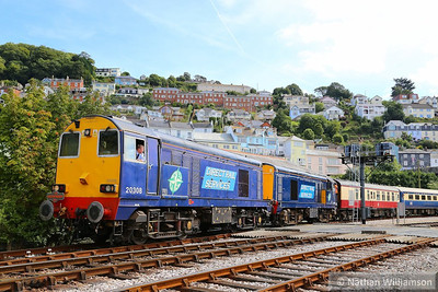 20308 & 20303 shunt the empty stock into the bay platform in Kingswear 30/08/13  Watch the video at: http://youtu.be/d9yr6JBv3y