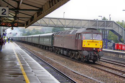 """47500 heads north through Totnes in the drizzle on the rear of the: 1Z93 08:52 Newquay to Exeter St Davids """"The Atlantic Coast Express"""" 06/09/11  Watch the video at: http://www.youtube.com/watch?v=w8uU3vf4feM"""