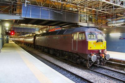 47786 stands in Edinburgh Waverley having worked the: 1Z68 07:00 Hereford to Edinburgh 23/11/11