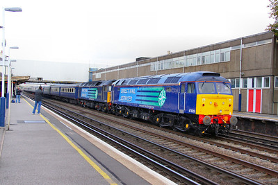 """47828 & 47802 head west through Eastleigh with a Cruise Saver working, the: 1Z64 05:46 Glasgow Central to Southampton Western Docks """"Cruise Saver"""" 21/10/11  Watch the video at: http://youtu.be/TSAvr3ZxtpY"""