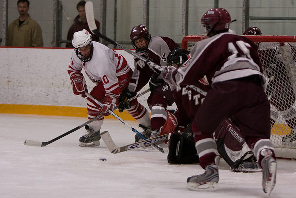 Weston gives away a 2:2 tie to Tyngsboro