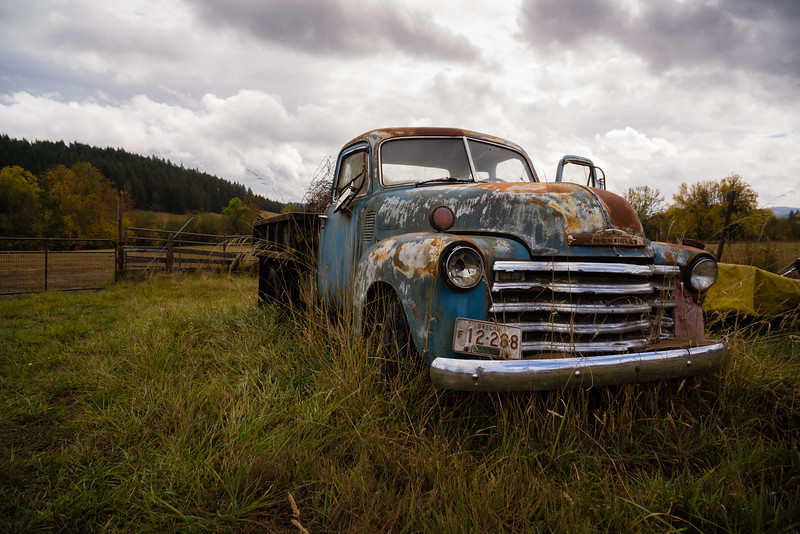 Old Chevy pickup at Silvan Ridge Winery