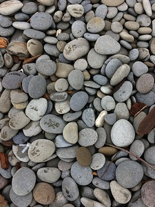 Oh, but look at these rocks...  I LOVE ROCKS