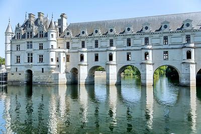 Chateau de Chenonceau - vu du Cher