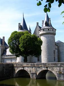 Chateau de Sully sur Loire 001 C-Mouton