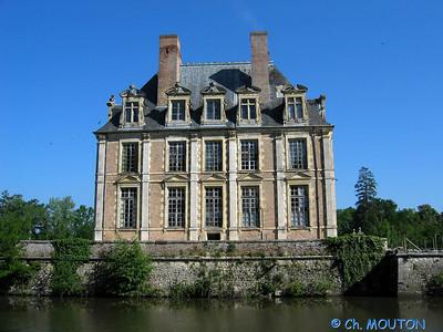 Le Ferte St Aubin Chateau 02 C-Mouton