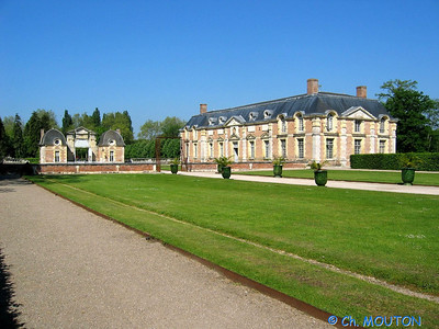 Le Ferte St Aubin Chateau 17 C-Mouton