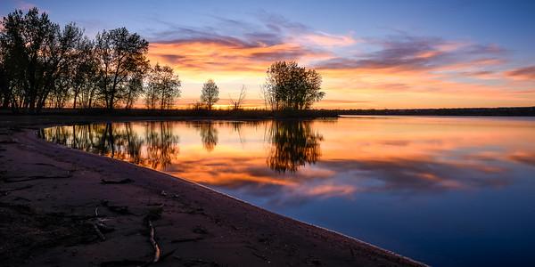 Sunrise at Chatfield