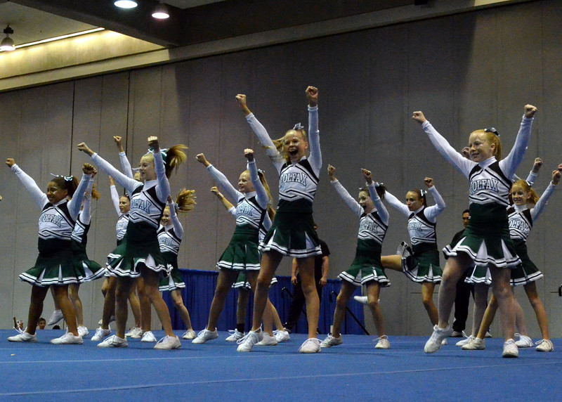 Cheer Competition111311 154