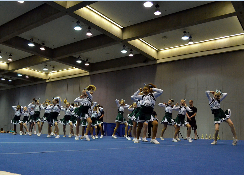 Cheer Competition111311 200
