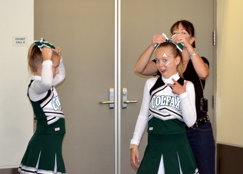 Cheer Competition111311 021