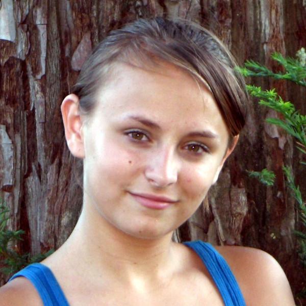 Headshot Sarah Youman Midget