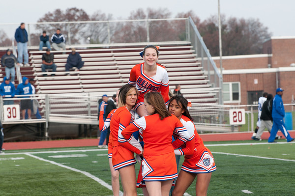 2010-11-20 Cheerleaders - Dayton vs Lincoln