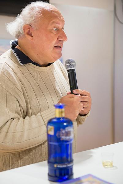 Il Consorzio Vermouth Torino presenta le sue aziende e guida il pubblico nella degustazione dei suoi prodotti.