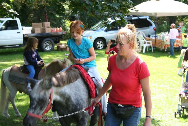 IMG_3758_Pony Rides