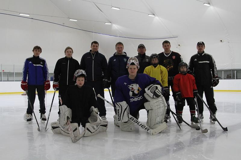 Константин Панов, Евгений Катичев, Денис Худяков и Олег Приданников провели первые тренировки с детьми.