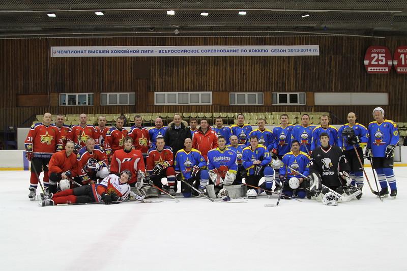 20 декабря во дворце спорта Юность прошел первый день первенства по хоккею ГУ МВД России по Челябинской области