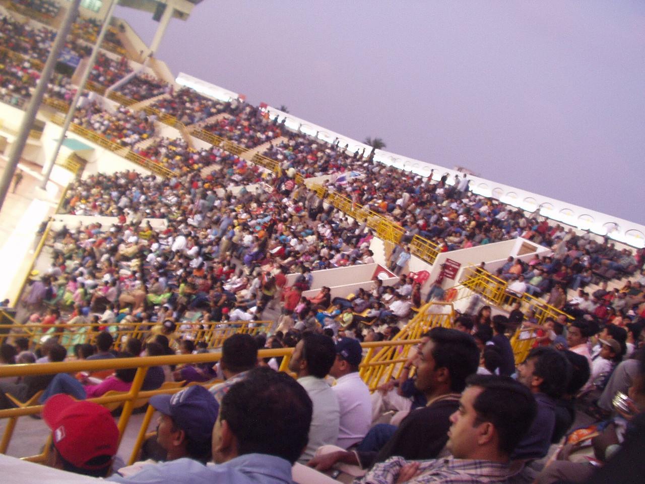10 January: Crowds