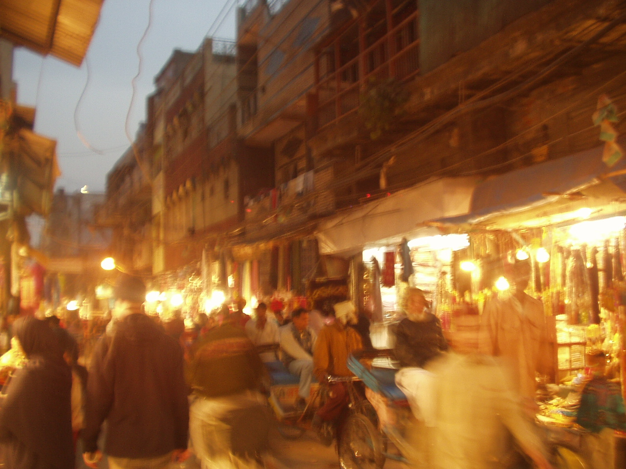 old delhi by night
