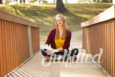 Cherith Fall Senior Session (23)
